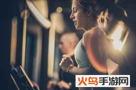 想要更好的进行自己的运动健身的活动的小伙伴可以看一下健身培训app哦,你可以在这里建更多的在线学习,这里面有许多关于健身的知识和课程,你是可以更好的进行自己的学习个实践的哦,这里面还会进行各样的运动器